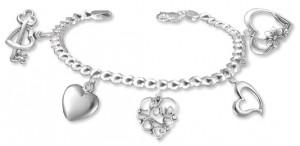 heart-charm_bracelet